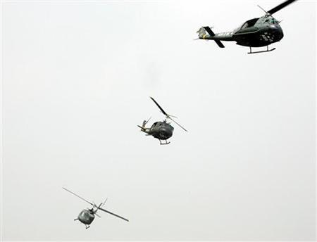 Taiwanese helicopters during an anti-airborne exercise in central Taiwan, July 27, 2005. The U.S. military mistakenly shipped four fuses for nuclear missiles to Taiwan in 2006 and never caught the error, the Pentagon said on Tuesday. The military was supposed to ship helicopter batteries, but instead sent fuses used as part of the trigger mechanism on Minuteman missiles. REUTERS/Richard Chung