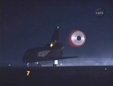 Endeavour touches down at Kennedy space center in Florida in this image from NASA TV March 26, 2008. REUTERS/NASA TV