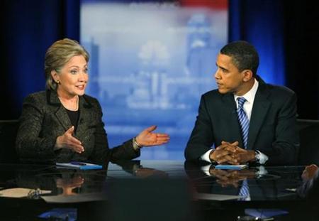 US Democratic presidential candidates Senator Hillary Clinton (D-NY) and Senator Barack Obama (D-IL) square off in the last debate before the Ohio primary in Cleveland, Ohio, February 26, 2008. REUTERS/Matt Sullivan
