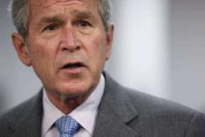 <p>Президент США Джордж Буш выступает во Фрихолде, штат Нью-Джерси, в рамках визита в консультационный центр по потребительскому кредитованию Novadebt 28 марта 2008 года. В понедельник Буш, покидающий пост президента, начинает серию прощальных вояжей, среди которых саммит НАТО в Бухаресте, визит в Киев и встреча в Сочи с российским лидером Владимиром Путиным, тоже покидающим президентское кресло. (REUTERS/Jason Reed)</p>