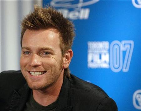 Cast member Ewan McGregor smiles at a news conference for the movie ''Cassandra's Dream'' during the 32nd Toronto International Film Festival September 12, 2007. REUTERS/Mario Anzuoni