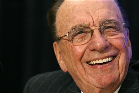News Corp Chairman and CEO Rupert Murdoch smiles during a news conference before the 2008 Atlantic Council Awards Dinner in Washington April 21, 2008. REUTERS/Kevin Lamarque