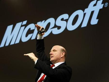 Microsoft Chief Executive Officer Steve Ballmer addresses a news conference in the northern German town of Hanover March 3, 2008. REUTERS/Christian Charisius