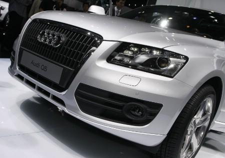 The new SUV Audi Q5 is shown at the Auto China 2008 show in Beijing on April 20, 2008. REUTERS/Victor Fraile