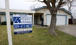 <p>Una casa in vendita in California. REUTERS/Kimberly White (UNITED STATES)</p>