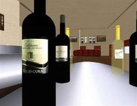 <p>Immagine tratta da Second Life di bottiglie di vino nella sala di degustazione di un vigneto. REUTERS/Suzanne Miller</p>