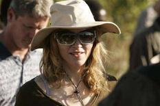 <p>La cantante statunitense Madonna, durante un viaggio in Malawi, nell'aprile 2007. REUTERS/Siphiwe Sibeko (Malawi)</p>