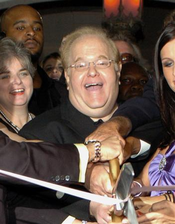 Boy band mogul Lou Pearlman in a 2004 file photo. Pearlman, who launched Backstreet Boys and 'N Sync, was sentenced to 25 years in prison on Wednesday for swindling investors and major U.S. banks out of more than $300 million. REUTERS/Jason Arnold