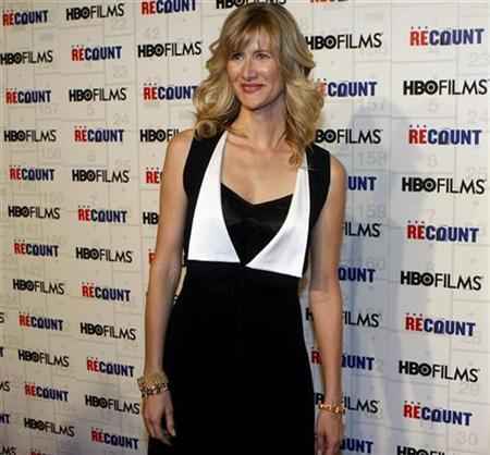Laura Dern arrives for the premiere of ''Recount'' at the Museum of Modern Art in New York City, May 13, 2008. REUTERS/Joshua Lott