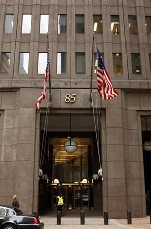 A view of 85 Broad Street where U.S. investment bank Goldman Sachs is headquartered in New York in this March 5, 2008 file photo. REUTERS/Joshua Lott
