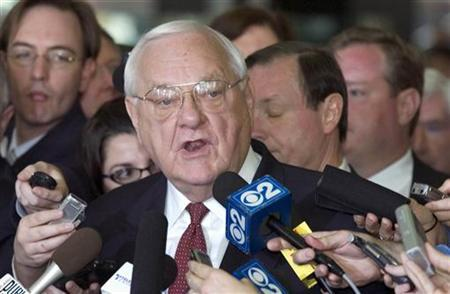 Former Illinois Governor George Ryan gives a statement at the federal court in Chicago in this file photo April 17, 2006. Ryan on Tuesday lost a Supreme Court appeal that sought to overturn his corruption conviction on the grounds his right to a fair trial by an impartial jury had been violated. REUTERS/Stephen J. Carrera