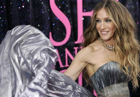 Sarah Jessica Parker arrives during the ''Sex And The City'' movie premiere at Radio City Music Hall in New York May 27, 2008. REUTERS/Joshua Lott