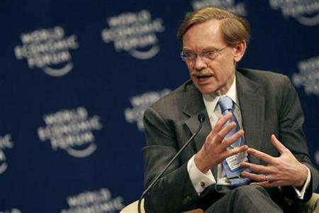 World Bank President Robert Zoellick speaks during the session ''Does Arab Business Care'' at the World Economic Forum (WEF) on the Middle East in Sharm el-Sheikh, Egypt, May 19, 2008. REUTERS/Amr Dalsh