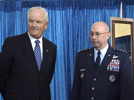 Secretary of the Air Force Michael W. Wynne (L) and Air Force Chief of Staff Gen. T. Michael Moseley are seen during an Air Force memorial ceremony in Arlington, Va., on Oct. 14, 2006. REUTERS/U.S. Air Force/Staff Sgt. D. Myles Cullen/Handout