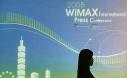 <p>Pannello WiMax durante una conferenza stampa internazionale a Taipei, il 21 aprile 2008. REUTERS/Pichi Chuang (Taiwan)</p>