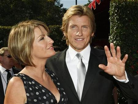 Emmy-nominated actor Denis Leary and his wife Ann arrive at the 59th Primetime Emmy Awards in Los Angeles, California September 16, 2007. REUTERS/Mario Anzuoni