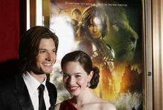 """<p>Gli attori britannici Anna Popplewell e Ben Barnes alla prima di New York del film Disney """"Le Cronache di Narnia: Principe Caspian"""", il 7 maggio 2008. REUTERS/Lucas Jackson (Usa)</p>"""