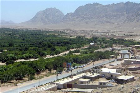 A view of the Arghandabd district in the southern city of Kandahar, June 19, 2008. Afghan and NATO-led forces cleared out Taliban militants from the outskirts of Kandahar city on Thursday, killing or wounding hundreds of the insurgents, the provincial governor said. REUTERS/Ismail Sameem
