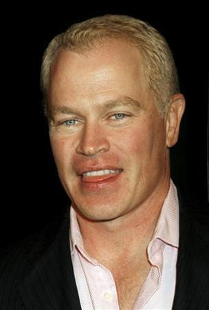 Neal McDonough, one of the cast members of the film ''Flags of Our Fathers'' poses at the film's premiere in Beverly Hills, California October 9, 2006. REUTERS/Fred Prouser