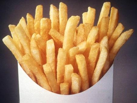 New York City's ban on trans-fats in restaurants took full effect on Tuesday. It is the first of its kind among major U.S. cities. REUTERS