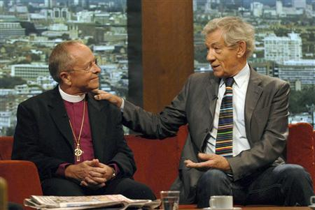 The Bishop of New Hampshire, Gene Robinson of the U.S. (L), and actor Ian McKellen appear on the Andrew Marr show on the BBC in London July 13, 2008. REUTERS/Jeff Overs/BBC/Handout
