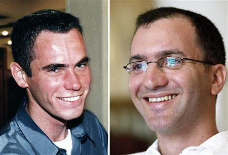 A combination photo of undated handout pictures shows Israeli reserve soldiers Ehud Goldwasser (R) and Eldad Regev, whose capture by Hezbollah in a cross-border raid triggered the 34-day war with the Iranian-backed group two years ago. REUTERS/Handout