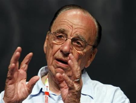 News Corp Chairman and Chief Executive Rupert Murdoch delivers a speech during a session at the Cannes Lions 2008 International Advertising Festival June 19, 2008. REUTERS/Eric Gaillard