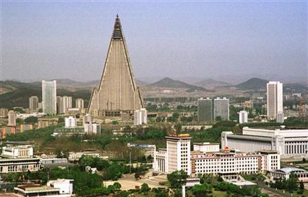 The 105-storey Ryugyong Hotel splits the sky over Pyongyang, North Korea, April, 24, 2002. REUTERS/Teruaki Ueno