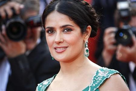 Salma Hayek arrives before the world premiere screening of ''Indiana Jones and the Kingdom of the Crystal Skull'' by director Steven Spielberg at the 61st Cannes Film Festival May 18, 2008. REUTERS/Vincent Kessler