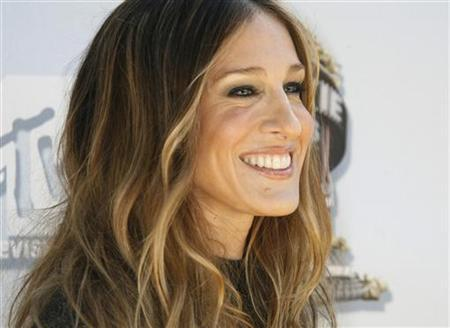 Actress Sarah Jessica Parker poses at the 2008 MTV Movie Awards in Los Angeles June 1, 2008. REUTERS/Fred Prouser