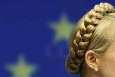 <p>Премьер-министр Украины Юлия Тимошенко выступает на пресс-конференции в Брюсселе, 11 марта 2008 года. Министры иностранных дел Евросоюза, разделившиеся во мнениях о расширении блока, не смогли прийти к согласию и относительно предложений Франции о дальнейших взаимоотношениях с Украиной. REUTERS/Thierry Roge.</p>