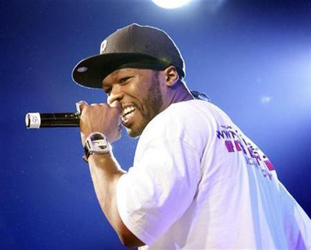 50 Cent performs during the 2008 Sundance Film Festival in Park City, Utah January 19, 2008. REUTERS/Mario Anzuoni