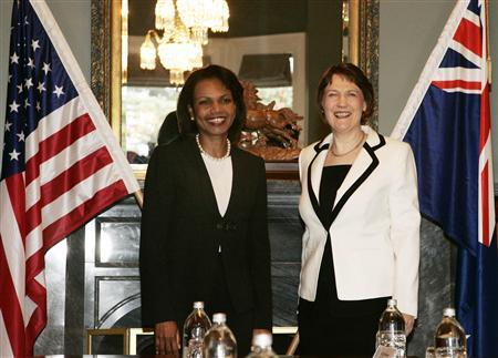 Secretary of State Condoleezza Rice (L) stands with New Zealand's Prime Minister Helen Clark at Government House in Auckland July 26, 2008. REUTERS/Nigel Marple