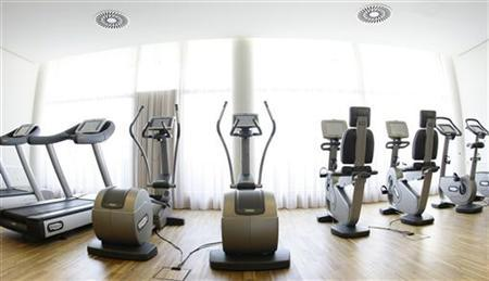 The fitness studio in the spa area of the ''Balance Resort'' hotel is pictured in the village of Stegersbach, in the Austrian province of Styria, May 15, 2008. REUTERS/Leonhard Foeger