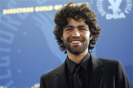 Adrian Grenier poses at the 60th Annual Directors Guild of America Awards in Century City, California January 26, 2008. REUTERS/Mario Anzuoni