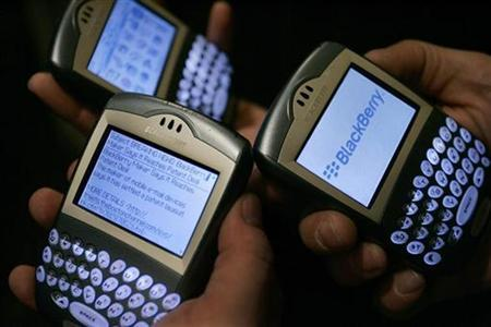 Blackberry devices are seen in Los Angeles in this March 3, 2006 file photo. 	REUTERS/Mario Anzuoni