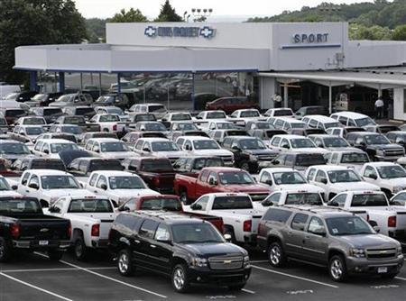 Chevrolet pickup trucks and SUVs are seen at a dealership in Silver Spring, Maryland, July 1, 2008. REUTERS/Yuri Gripas