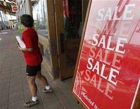<p>Un negozio americano. REUTERS/Rick Wilking</p>