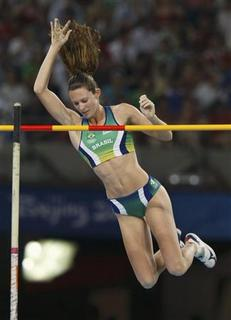 Fabiana Murer of Brazil competes during her women's pole vault of the athletics competition in the National Stadium at the Beijing 2008 Olympic Games August 18, 2008. REUTERS/Ruben Sprich