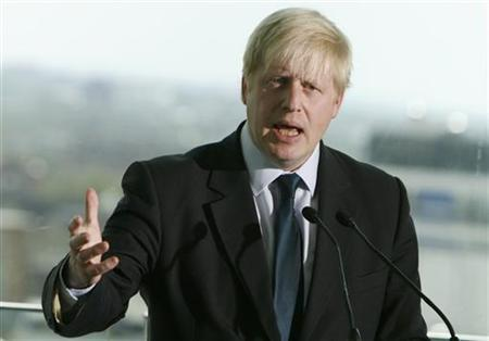 London Mayor Boris Johnson, speaks after signing the ''Declaration of Acceptance of Office'' for the Mayor of London, at City Hall in central London May 3, 2008. Johnson's First Deputy, quit his post and the job of running the capital's transport network on Tuesday, the third senior aide to leave the administration in three months. REUTERS/Luke MacGregor