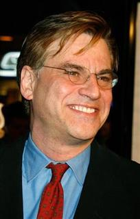Screenwriter Aaron Sorkin poses as he arrives at the world premiere of the film ''Charlie Wilson's War'' in Los Angeles, December 10, 2007. REUTERS/ Fred Prouser