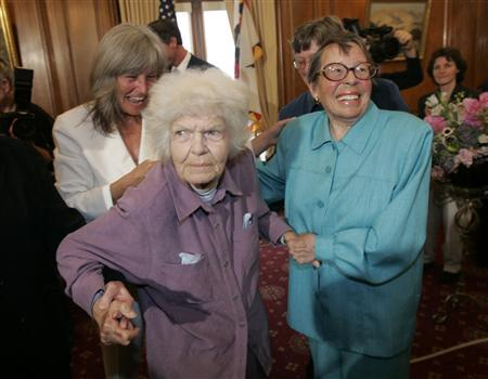 Octogenarians Del Martin (L) and Phyllis Lyon (R) participate in the first legal same-sex marriage ceremony at San Francisco City Hall in San Francisco, California in this June 16, 2008 file photograph. Martin, a Lesbian activist died on August 27, 2008 at the UCSF hospice in San Francisco with her spouse Lyon at her side according to the National Center for Lesbian Rights. REUTERS/Marcio Jose Sanchez/Pool/Files