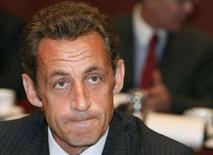 <p>Президент Франции Николя Саркози председательствует на внеочередном саммите Евросоюза в Брюсселе, 1 сентября 2008 года Президент Франции Николя Саркози может нанести повторный визит в Москву и Тбилиси для дальнейшего урегулирования российско-грузинского конфликта, сообщил в понедельник глава французского правительства Франсуа Фийон. REUTERS/Thierry Roge (BELGIUM)</p>