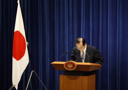 9月2日、福田首相(写真)の辞任表明を受け、与党内では麻生幹事長の総裁昇格を期待する声が浮上。1日撮影(2008年 ロイター/Toru Hanai)