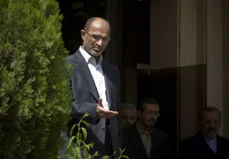 Iran's Oil Minister Gholamhossein Nozari seen in Tehran in this August 11, 2008 file photo. REUTERS/Morteza Nikoubazl