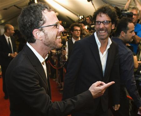 Directors and brothers Ethan Coen (L) and Joel Coen arrives at the ''Burn After Reading'' gala during the 33rd Toronto International Film Festival, September 5, 2008. REUTERS/Mark Blinch