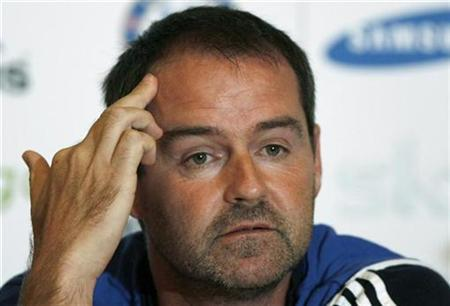 Chelsea's assistant manager Steve Clarke ponders a question during a news conference at the club's practice ground in Cobham, near London, southeast England August 3, 2007. Chelsea refused on Friday to accept Clarke's resignation and declined to give permission for West Ham United to talk to him. REUTERS/Alessia Pierdomenico