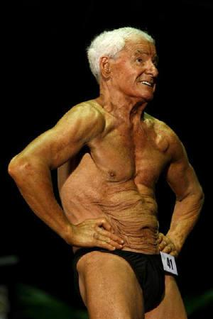 Bodybuilder Ray Moon, who is turning 80 this year, competes in the Victorian Bodybuilding Championships in Melbourne September 14, 2008. REUTERS/Mick Tsikas