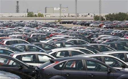 File photo of cars near the Ford factory in Almussafes near Valencia, June 12, 2008. REUTERS/Heino Kalis