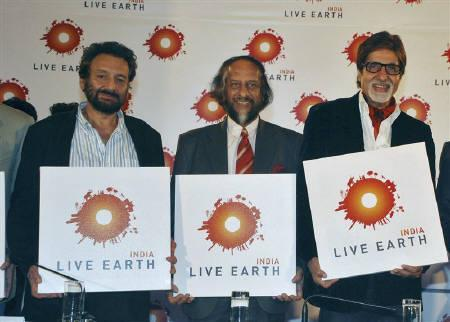 (L-R) Bollywood director Shekhar Kapur, Nobel prize winner R.K. Pachauri and Bollywood star Amitabh Bachchan pose in Mumbai September 18, 2008, after announcing the Live Earth India concert, which will be held on December 7 in India to create awareness and to highlight the effects of global warming. REUTERS/Manav Manglani